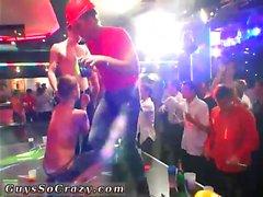 Boys Party xxx Homosexuell ersten Mal Als der Club heizt, das Gerinnsel