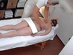 Massages sexy vire au hardcore le MILF Merde avec l'opérateur OR