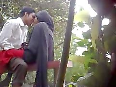 Bangladeshi Parc Sex Caught By Cachés Cam 11 minutes