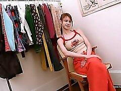 Soyunma odasında soyunmak Beata gençlik
