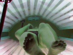 Dedos en el auto en el Solarium de habitaciones