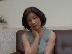 Madre japonesa Yukie Itakura 2