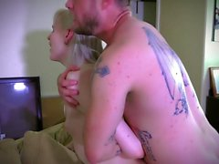 Plale tranny fucked on couch