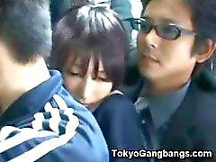 Naiivi Koulutyttö Tokiossa Bus !