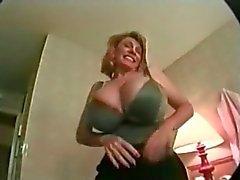 Grandes Titted madura a Patty abundancia Gets tostada Escupir