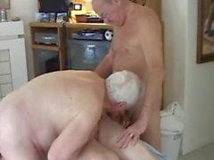 kypsä miehet nude hieronta