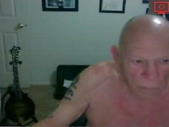 nonno masturbandosi