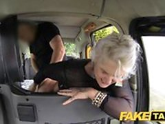 Fake Taxi blonde milf surprend anal sex