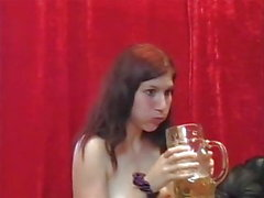 Клаудия Оденвеллер и Катя Брюнинг Фотосессия с Спермой