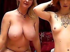 Beautiful Lesbians På live porr