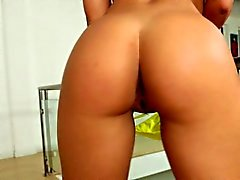 Hot assed blonde Nicole Aniston jumping cock