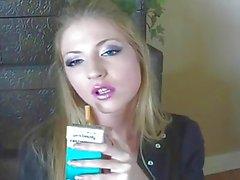melhor garota de fumar nunca! ! ! ! !