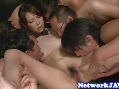Orally pleasured asian milf enjoys threeway