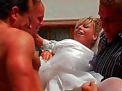 Braut erwischt den Ball Gangbang , Bukkake und die eine ganz besondere Überraschung