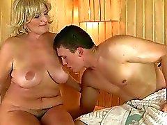 porno-video-mama-ya-i-babushka