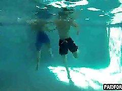 Hetero Hobby Brocken Saugen am Wasser Schwanz