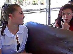 Schoolgirl Наталья Monroe секса в автобус