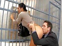 börtönben látogató feleséget seggbekurja