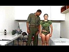 Sotilaallinen anaali, Sophia Castello, armeija - xvideos