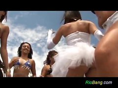 Gang Bang brasiliani sulla yacht festa