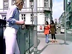 Nuori thaimaalainen Tourists