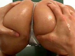 Big ass pornstar anal and cumshot