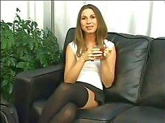 Bir koltukta SICAK KIZ n172 sarışın anal hatun