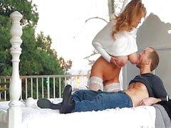 Pechugonas maduras la esposa los placeres Her de Lucky del esposo