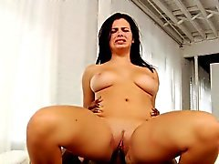 Babe Busty Interacial pussylicked forata e