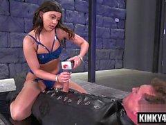 Hot Porno Bondage und Orgasmus