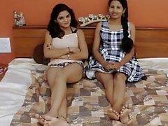 Akeli pyasi jawan Bhabhi den XXX för desi lesbians för urdu flickor som vandrarhemmet berättelsen glamour