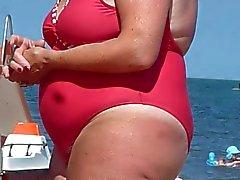 Vollweiber hiry Einlieger ausspioniert auf dem Strand