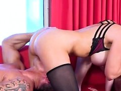 Hot pornstar trio med cumshot