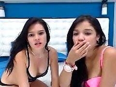 Amateur lesbian foursome eating and fingering pussy