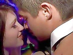 Waiter einer verdammtes küssen