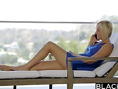 Затемненной Катя England получает Сексуальные интересы Анальный секс Би На