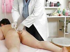 Fichetta matura esame da parte della Gynecologist