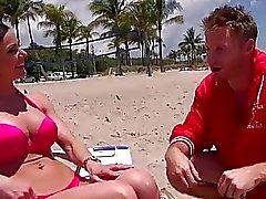 Bikini babe Kenddra with giant boobs picked up