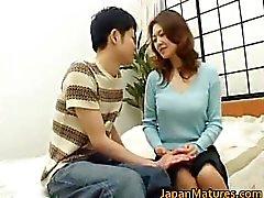 Mina Toujou seksi bir annenin part1 sahiptir