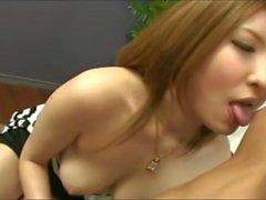 Shapely Japanerin gefickt und creampied