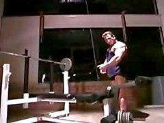 musclebull poseeraa
