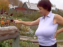 Onun çiftlik ile Rusya büyük - Boobs- Seksi anneler