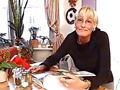 Шведский жене рогатый