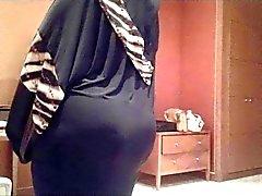 Candid Arab Ass - Mature Butt Voyeur - Street Booty