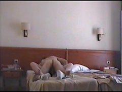 Moglie zoccola scopata nell'albergo parte 1