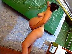SDRUWS2 - Zwangere leraar masturbeert in klaslokaal