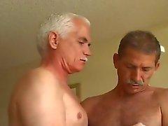 Two Azgın adamlar