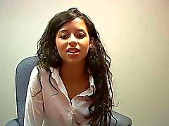 entrevista de emprego se transforma em vídeo pornô