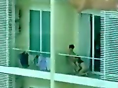 De SG balcon vecinos
