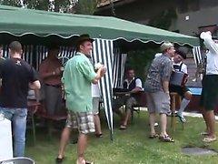 L'orgia sessuale all'Oktoberfest pt 1 - Altro su HDMilfCam com